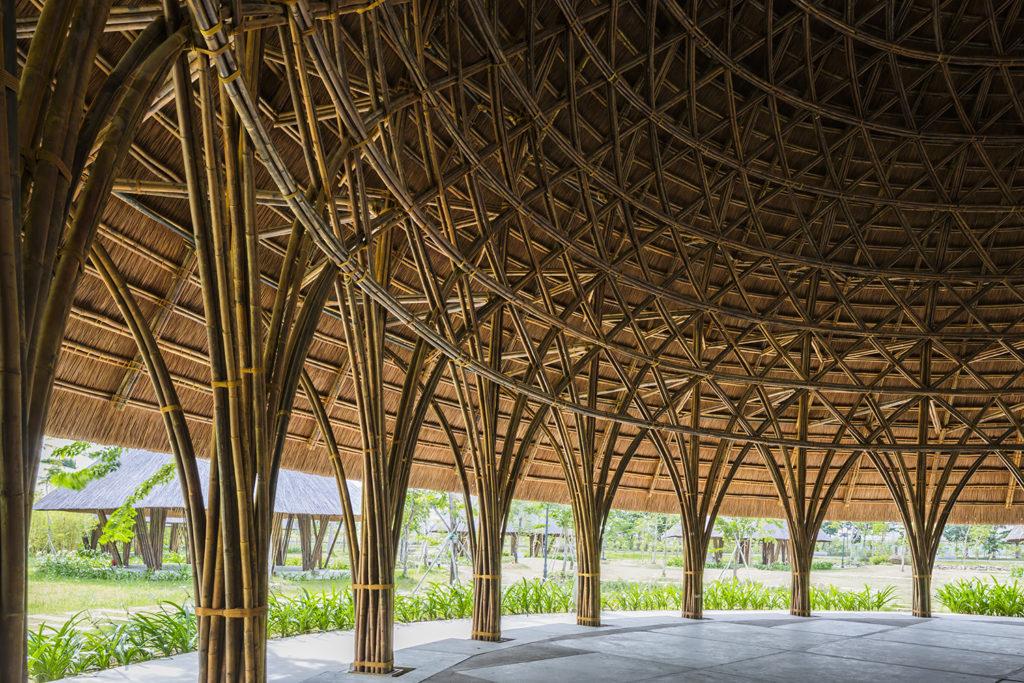 Supports en bambou tissé du centre communautaire de Diamond Island